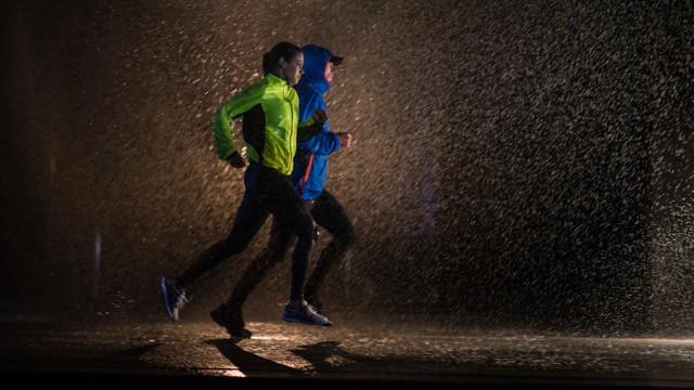 Courir avec le froid, la pluie, le vent : quel pied !